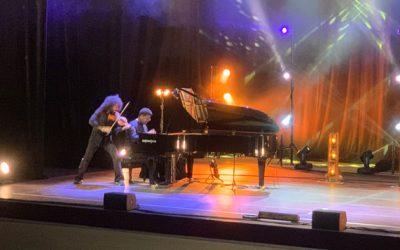 Luis Piedrahita y Ara Malikian encantan, emocionan y divierten en el final de mayo de Sueños Musicales
